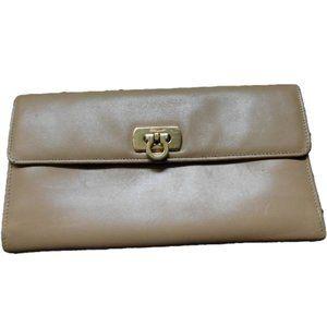 Vintage Salvatore Ferragamo Beige Leather Wallet
